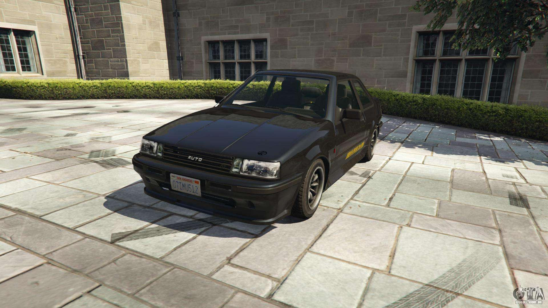 Karin Futo do GTA 5 - vista frontal