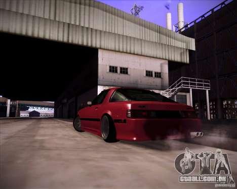 Mazda RX7 FBS3 para GTA San Andreas esquerda vista
