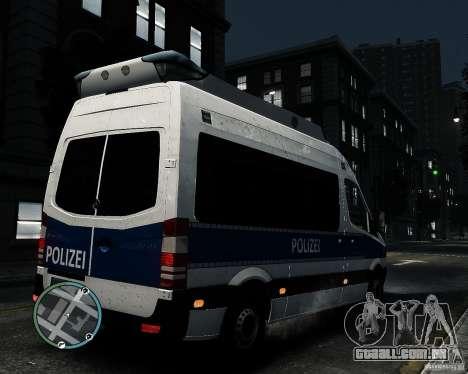 Mercedes Sprinter German Police para GTA 4 vista direita