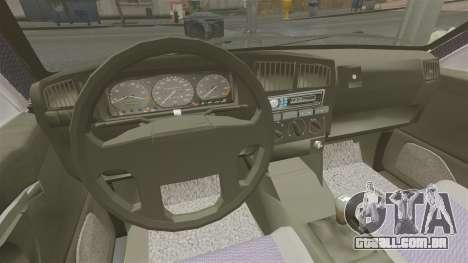 Volkswagen Passat B4 para GTA 4 vista de volta