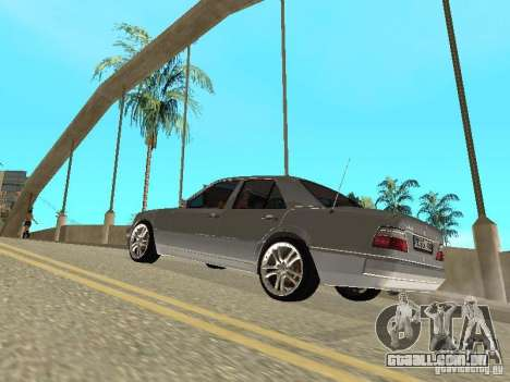 Mercedes-Benz W124 E500 para GTA San Andreas vista interior