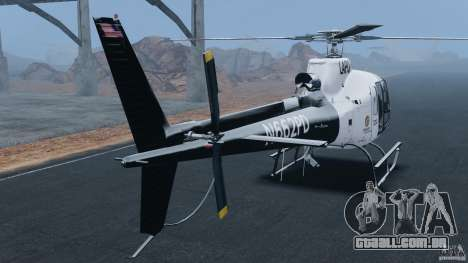 Eurocopter AS350 Ecureuil (Squirrel) para GTA 4 traseira esquerda vista