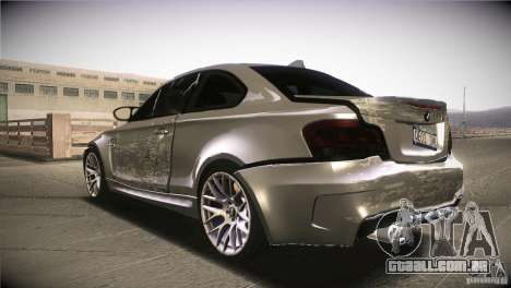 BMW 1M E82 Coupe 2011 V1.0 para GTA San Andreas vista inferior
