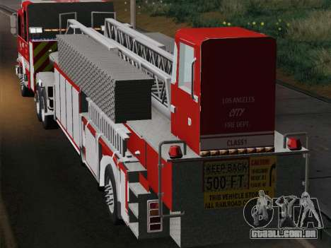 Pierce Arrow XT LAFD Tiller Ladder Trailer para GTA San Andreas vista traseira