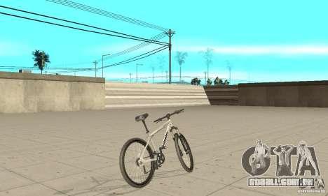 Giant Terrago 3 Disc para GTA San Andreas traseira esquerda vista