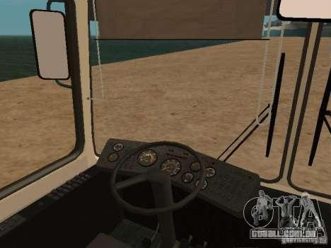 LAZ 52527 para GTA San Andreas vista traseira