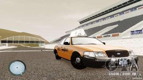 Ford Crown Victoria 2003 NYC Taxi para GTA 4 vista de volta