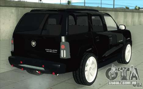Cadillac Escalade 2004 para GTA San Andreas vista inferior