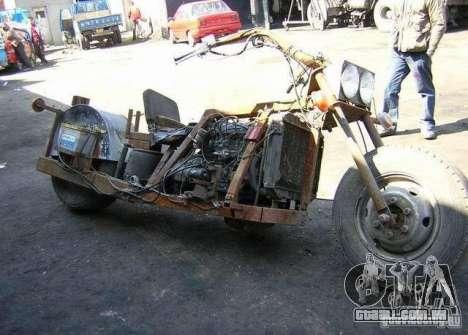 Harley Davidson Home-Made para GTA 4 vista direita
