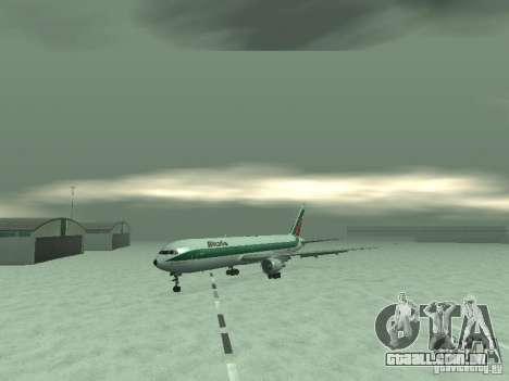Boeing 767-300 Alitalia para GTA San Andreas esquerda vista