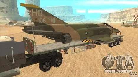 Flatbed trailer with dismantled F-4E Phantom para GTA San Andreas