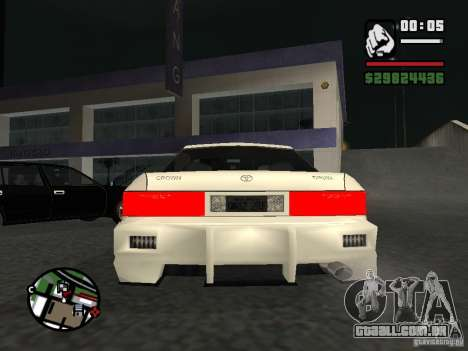 Toyota Crown Tunable para GTA San Andreas vista direita