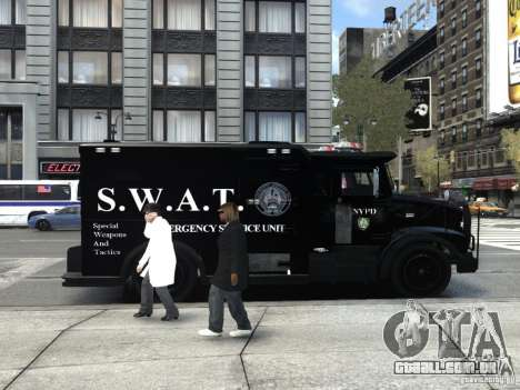 SWAT - NYPD Enforcer V1.1 para GTA 4 vista direita