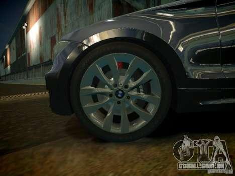 BMW 120i para GTA 4 vista de volta