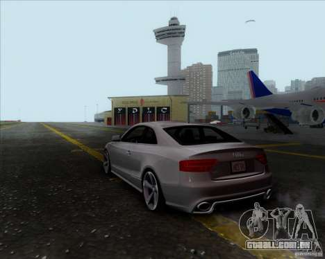 Audi RS5 para GTA San Andreas esquerda vista
