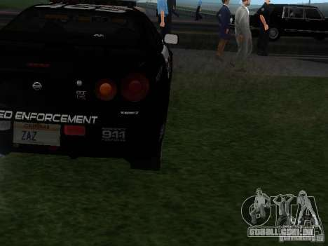 Nissan Skyline R34 Police para GTA San Andreas vista direita