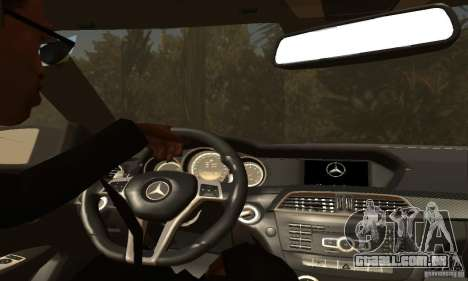 Mercedes-Benz C63 AMG para as rodas de GTA San Andreas