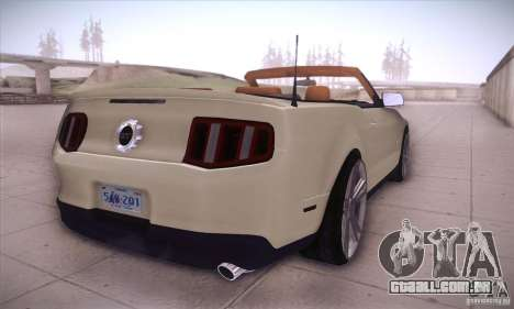 Ford Mustang 2011 Convertible para GTA San Andreas vista direita