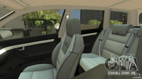 Audi A4 Avant beta para GTA 4 vista interior