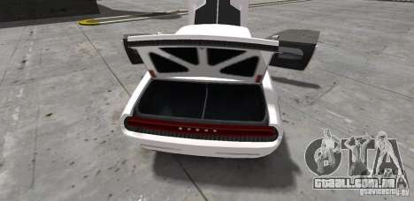 Dodge Challenger 2006 para GTA 4 vista interior