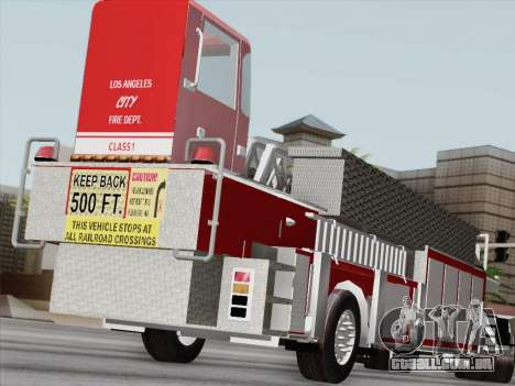 Pierce Arrow XT LAFD Tiller Ladder Trailer para GTA San Andreas esquerda vista