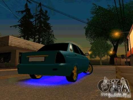LADA 2170 Priora Gold Edition para GTA San Andreas esquerda vista