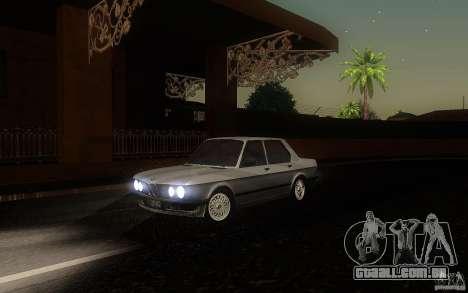 BMW E28 525e ShadowLine Stock para GTA San Andreas esquerda vista