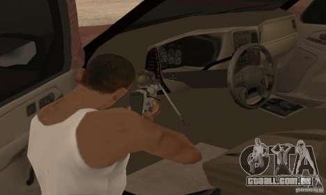 Chevrolet Suburban para GTA San Andreas interior