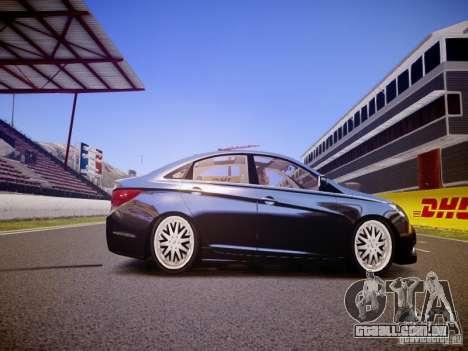 Hyundai Sonata 2011 para GTA 4 vista de volta