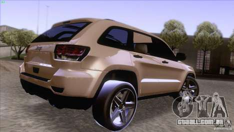 Jeep Grand Cherokee 2012 para GTA San Andreas esquerda vista