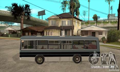 LAZ-4202 para GTA San Andreas esquerda vista