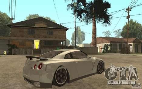 Nissan GTR SpecV 2010 para GTA San Andreas vista direita