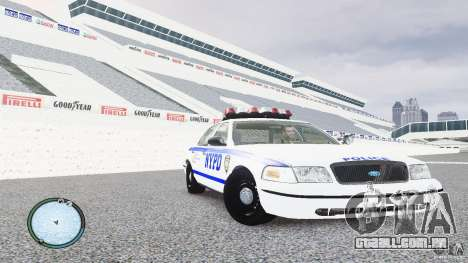 Ford Crown Victoria 2003 NYPD para GTA 4 vista de volta