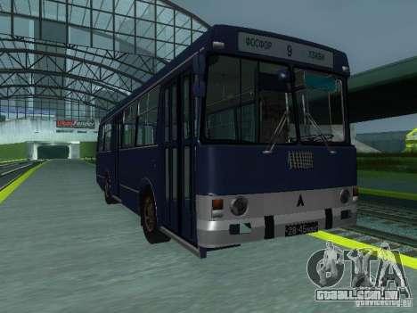 LAZ-4202 para GTA San Andreas vista interior