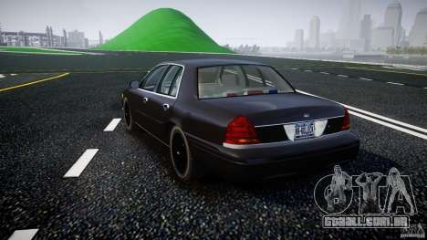 Ford Crown Victoria 2003 v2 FBI para GTA 4 traseira esquerda vista