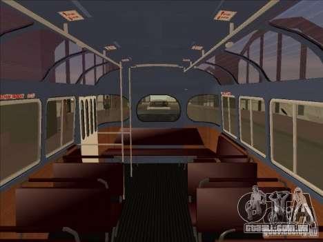PAZ 672 para GTA San Andreas vista traseira
