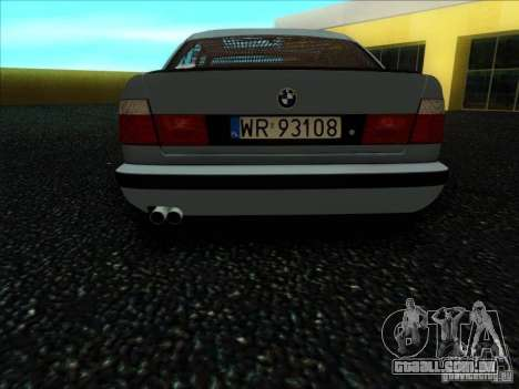 BMW 5 series E34 para GTA San Andreas vista direita