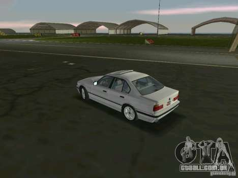 BMW 540i (E34) 1992 para GTA Vice City vista traseira esquerda