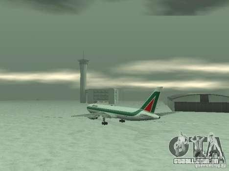 Boeing 767-300 Alitalia para GTA San Andreas vista direita