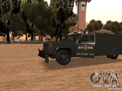 GMC SIERRA 3500 para GTA San Andreas esquerda vista