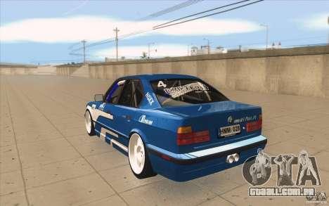 BMW E34 V8 para GTA San Andreas traseira esquerda vista