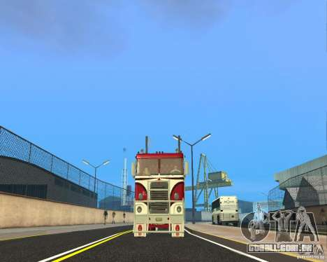 Kenworth K100 para GTA San Andreas vista traseira