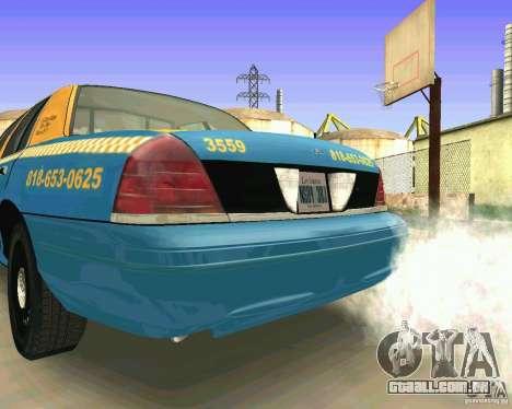 Ford Crown Victoria 2003 Taxi Cab para GTA San Andreas vista direita