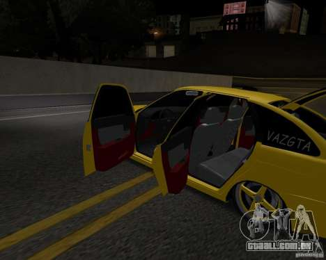 Lada Priora Hatchback para GTA San Andreas vista direita