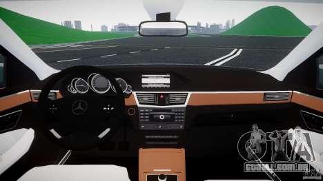 Mercedes-Benz E63 2010 AMG v.1.0 para GTA 4 vista de volta