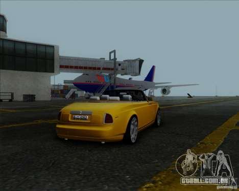 Rolls Royce Phantom Series II Drophead Coupe 12 para GTA San Andreas esquerda vista