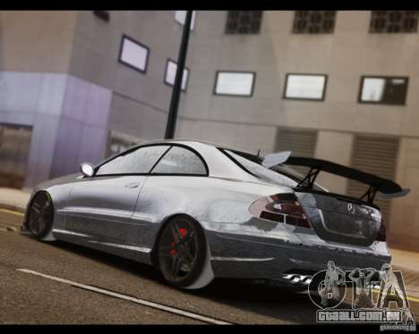 Mercedes-Benz CLK 63 AMG Black Series para GTA 4 esquerda vista