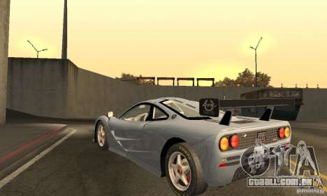 Mclaren F1 LM (v1.0.0) para GTA San Andreas traseira esquerda vista