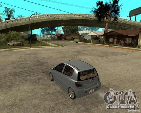 Toyota Vitz para GTA San Andreas esquerda vista