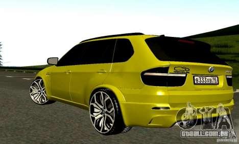 BMW X5M ouro para GTA San Andreas vista direita